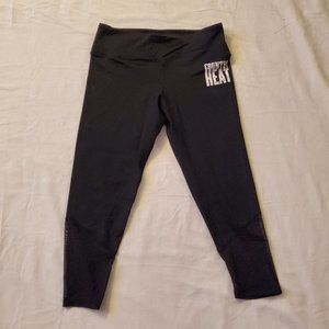 BEACHBODY COUNTRY HEAT COMPRESSION LEGGINGS